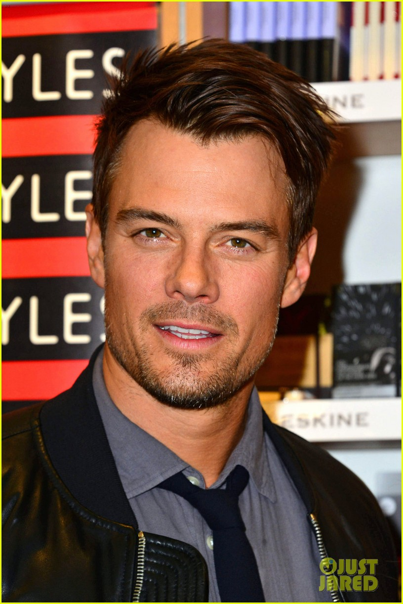 julianne hough josh duhamel safe haven book signing 042816565