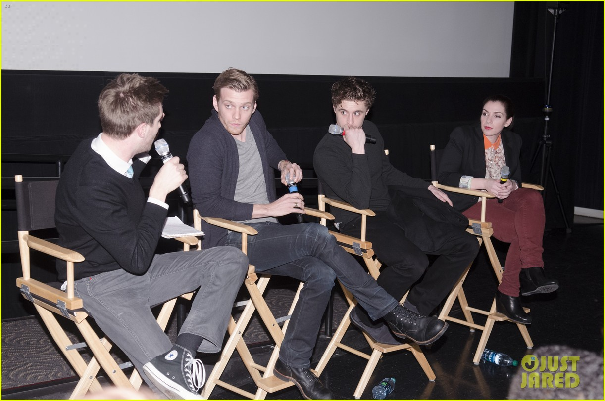 max irons jake abel the host qa with stephenie meyer 052816732