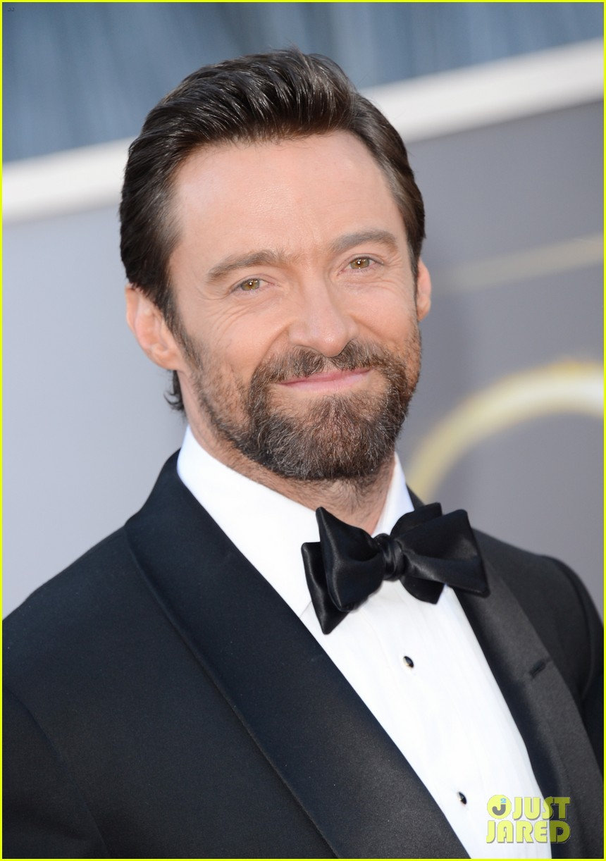 hugh jackman oscars 2013 red carpet with deborra lee furness 02