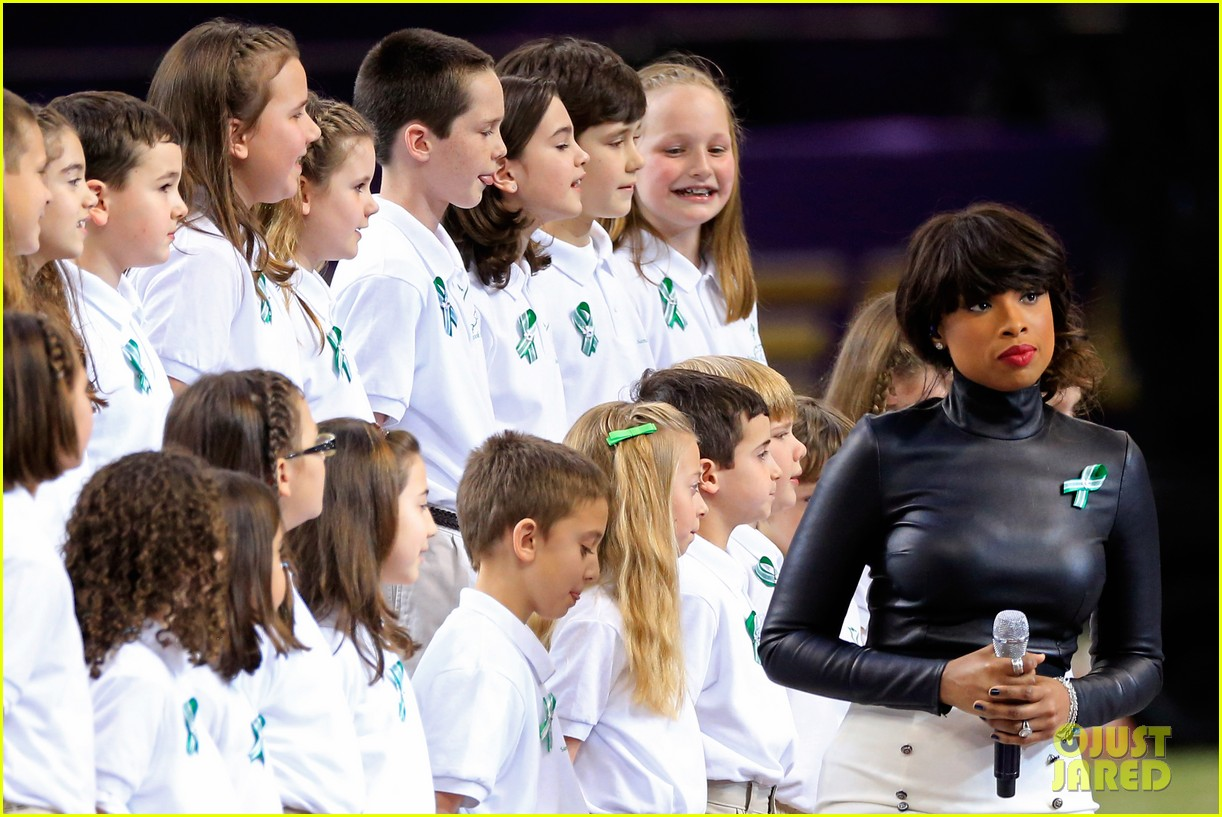 jennifer hudson america the beautiful super bowl 2013 032804207