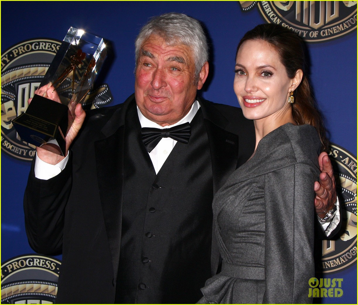 angelina jolie american society of cinematographers awards 03