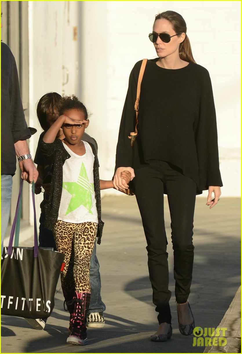 angelina jolie zahara pax urban outfitters shoppers 14