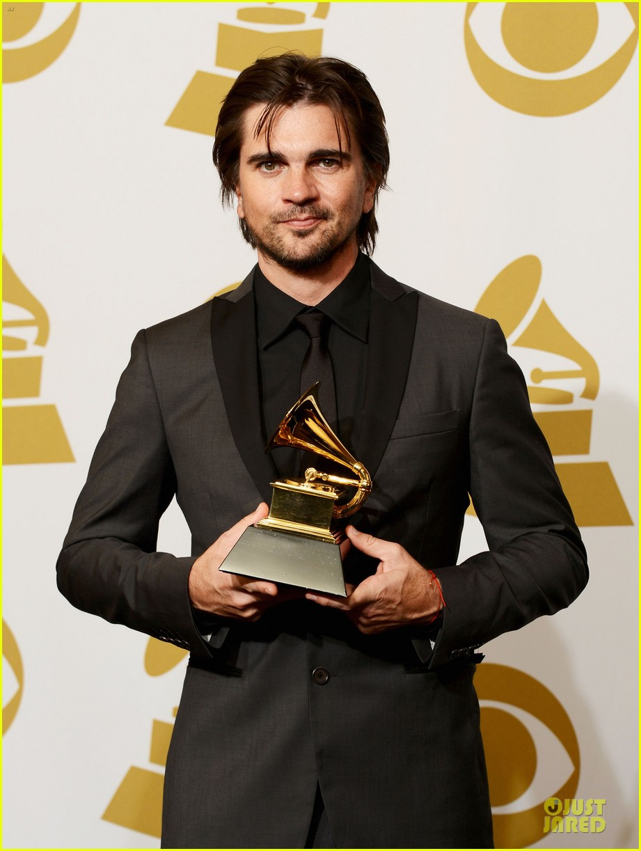 juanes grammys 2013 performance watch now 102809669