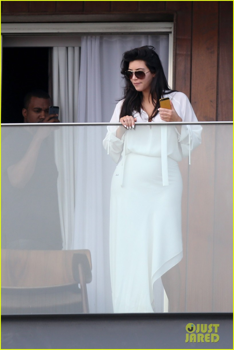 kim kardashian kanye west balcony fun with will smith 18