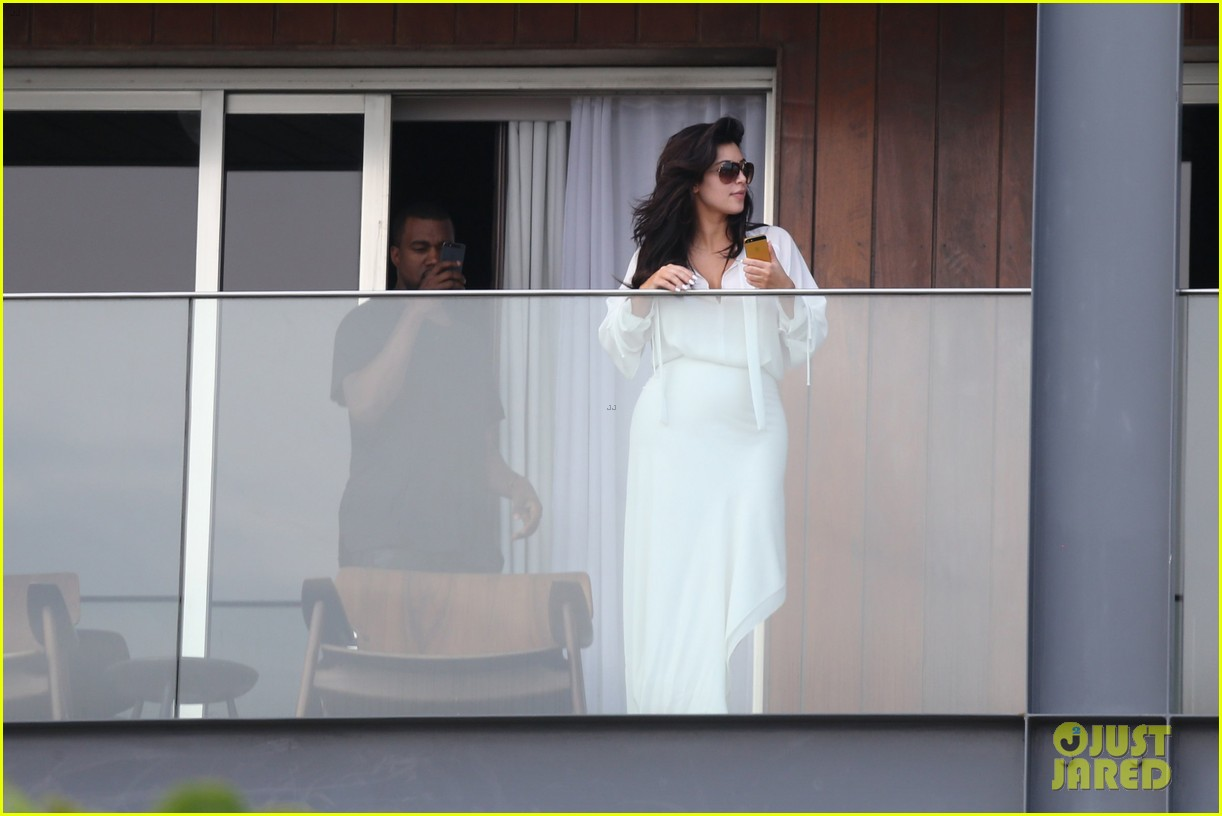 kim kardashian kanye west balcony fun with will smith 27