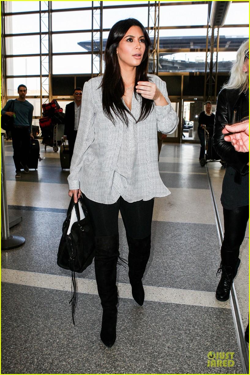 kim kardashian pregnant divorce trail date set 012813385