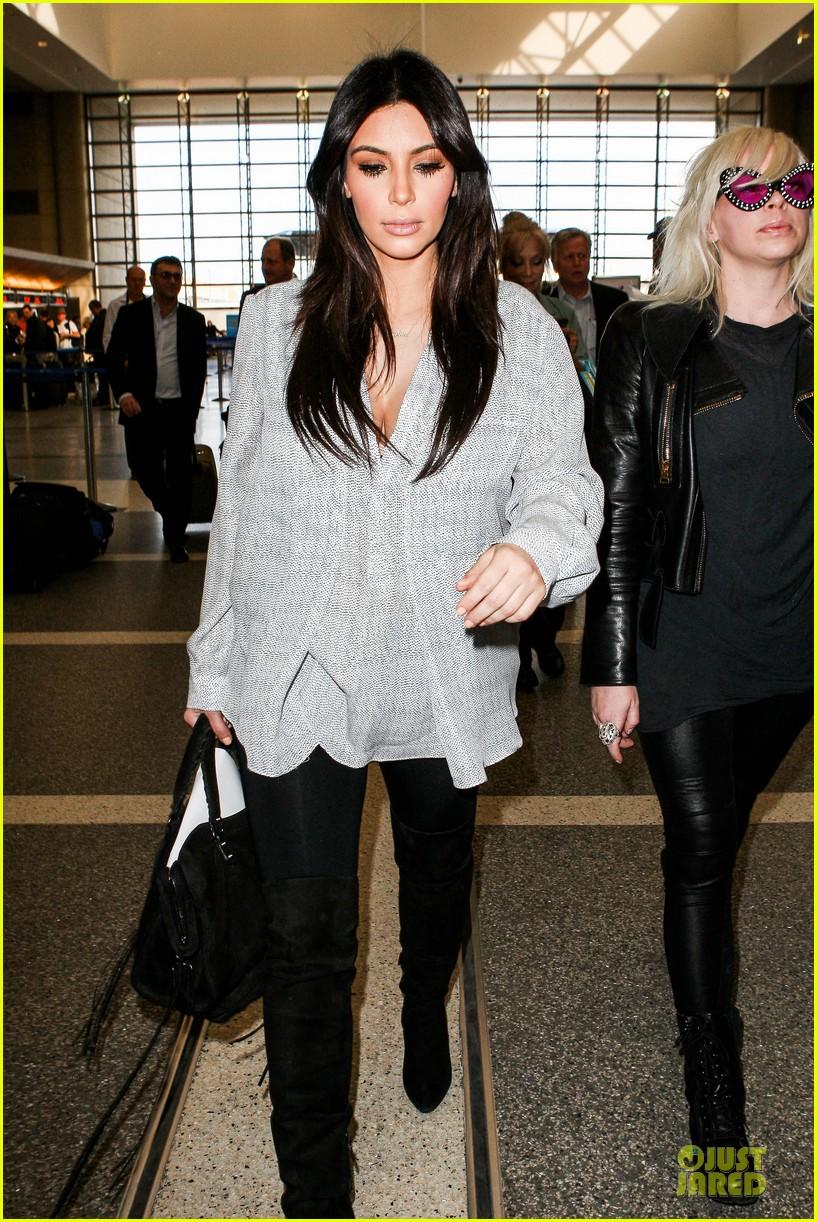 kim kardashian pregnant divorce trail date set 12