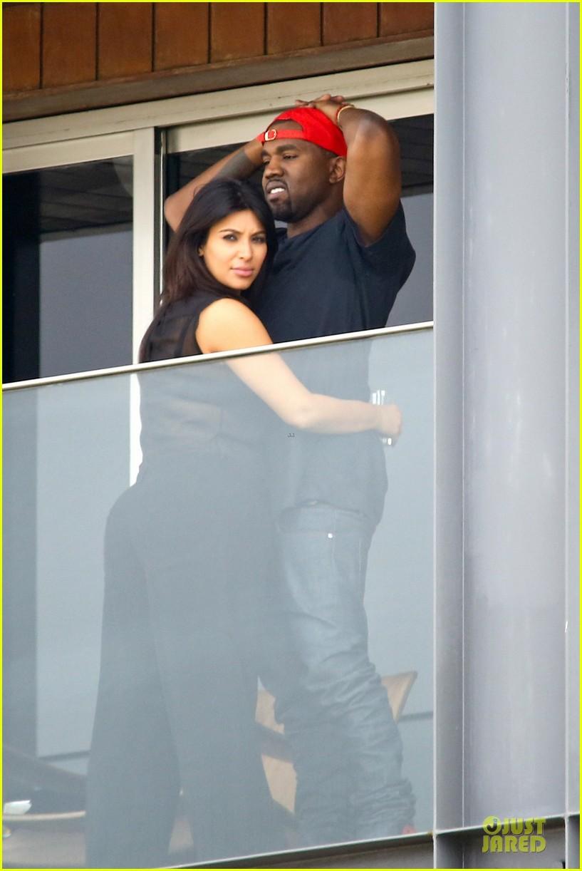 pregnant kim kardashian kanye west kisses in rio de janeiro 01