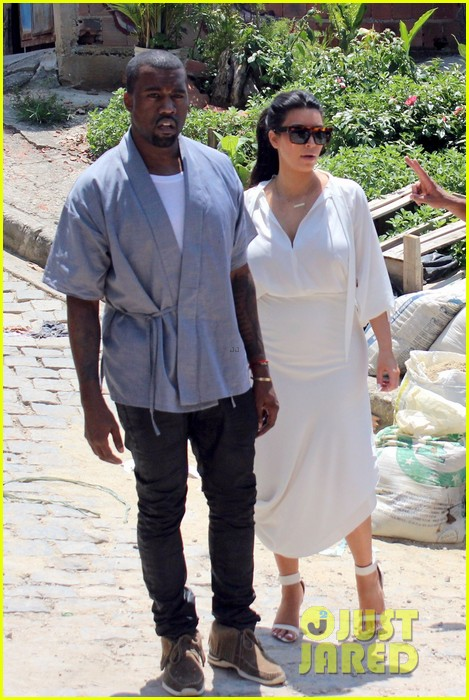 pregnant kim kardashian  kanye west vidigal tour with will smith 05