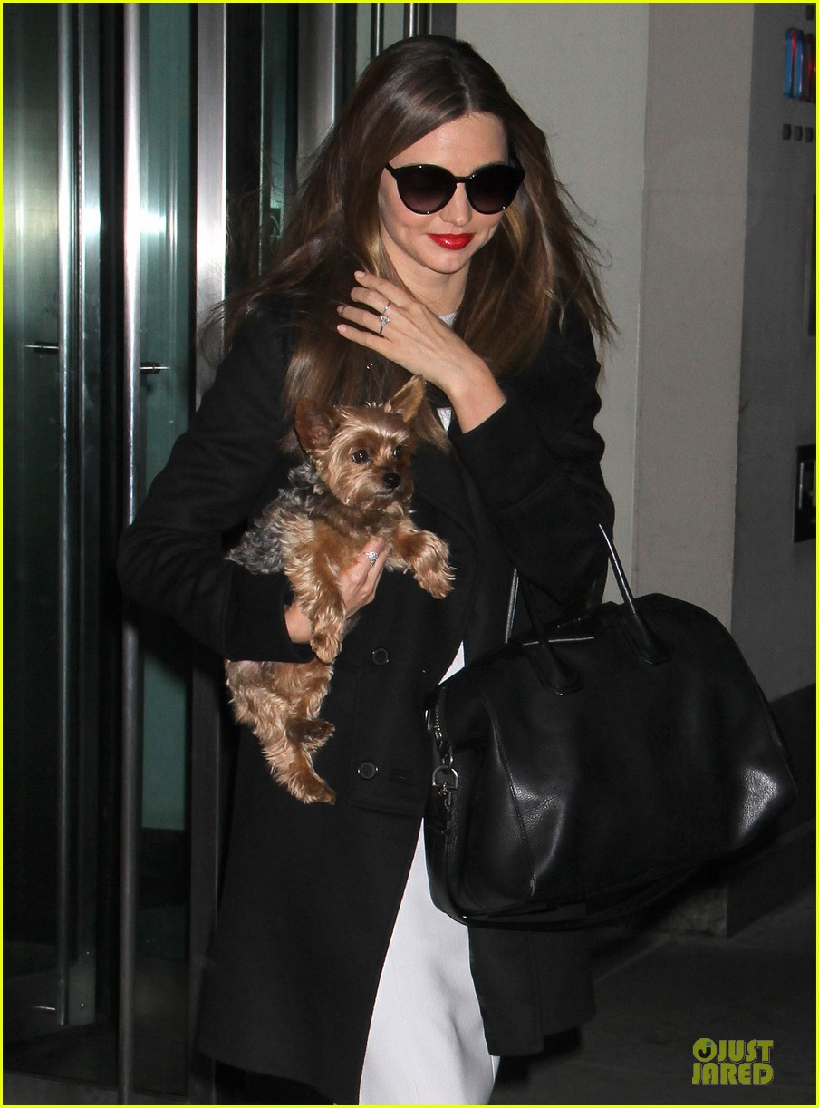 miranda kerr twitter qa using ask miranda tonight 042821364