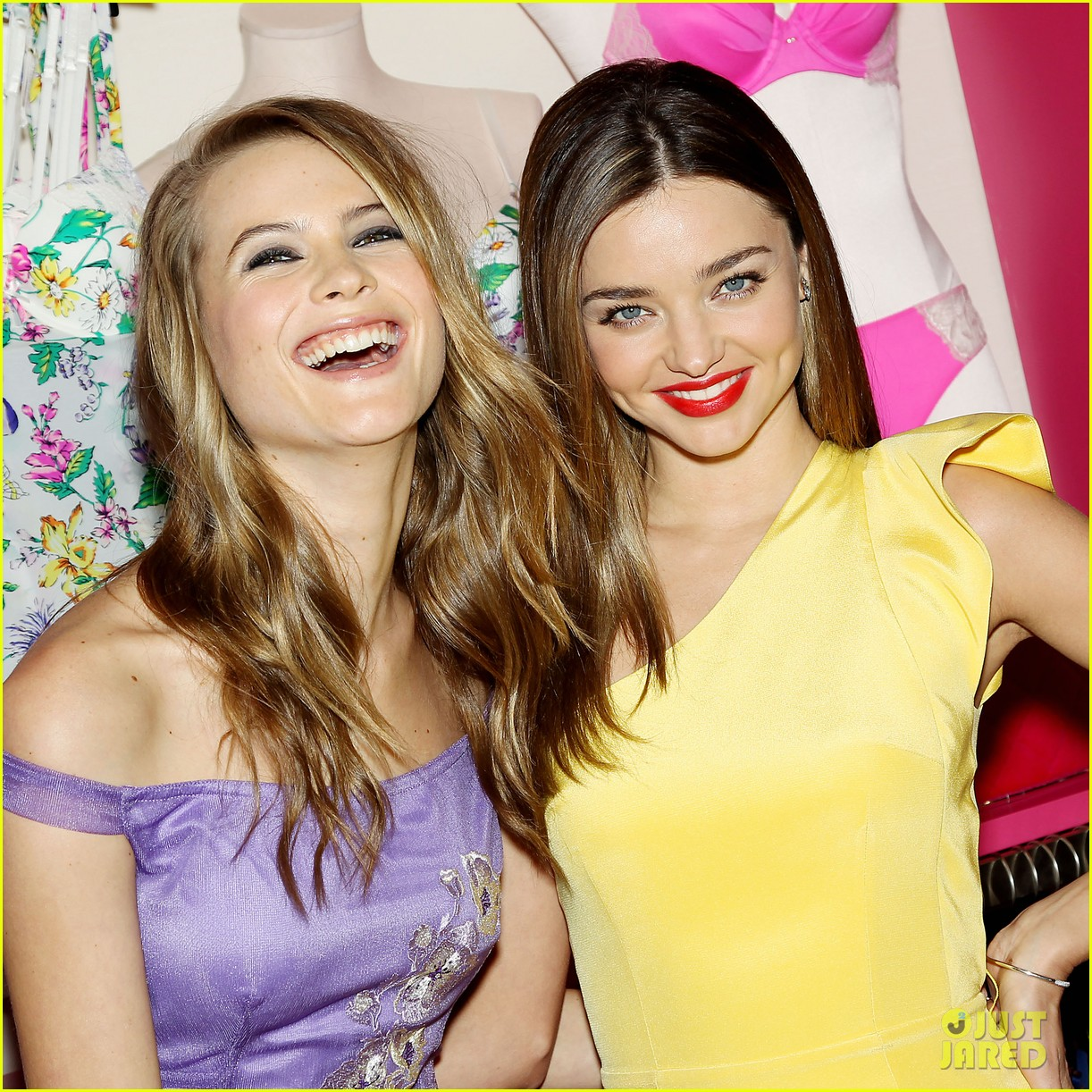 miranda kerr behati prinsloo victorias secret fabulous promotion 02