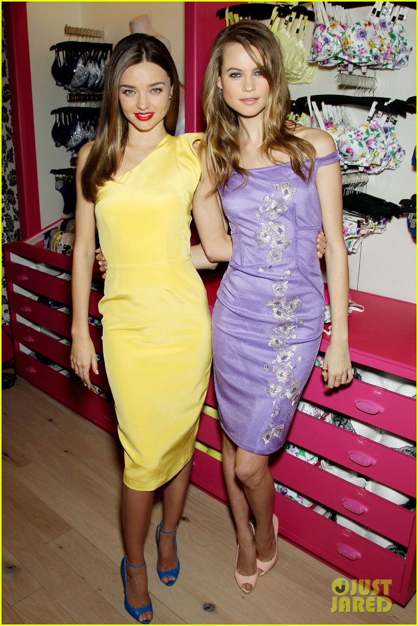 miranda kerr behati prinsloo victorias secret fabulous promotion 05