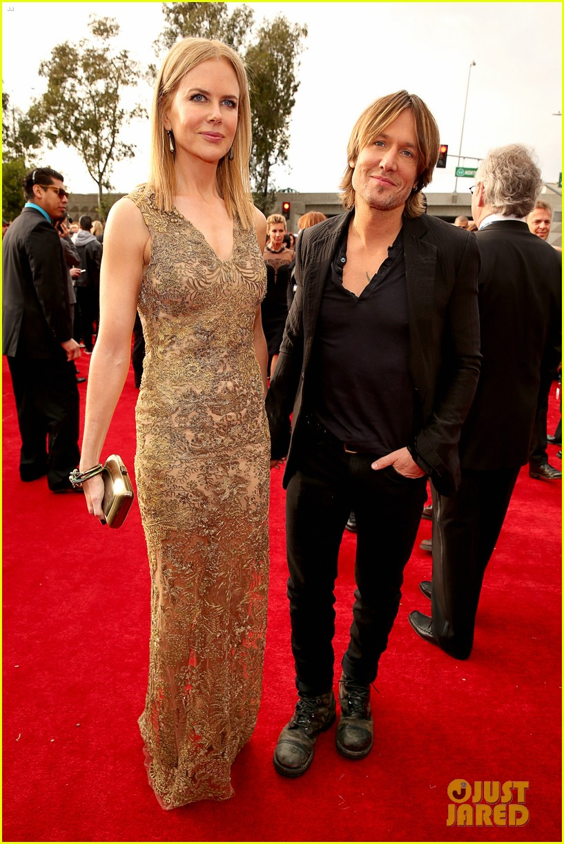 nicole kidman keith urban grammys 2013 red carpet 012809250