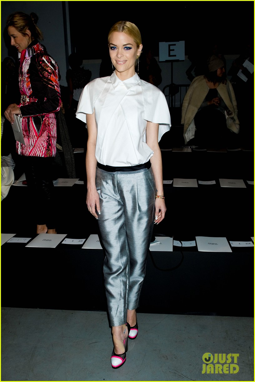 jaime king analeigh tipton neon shoes at prabal gurung 08
