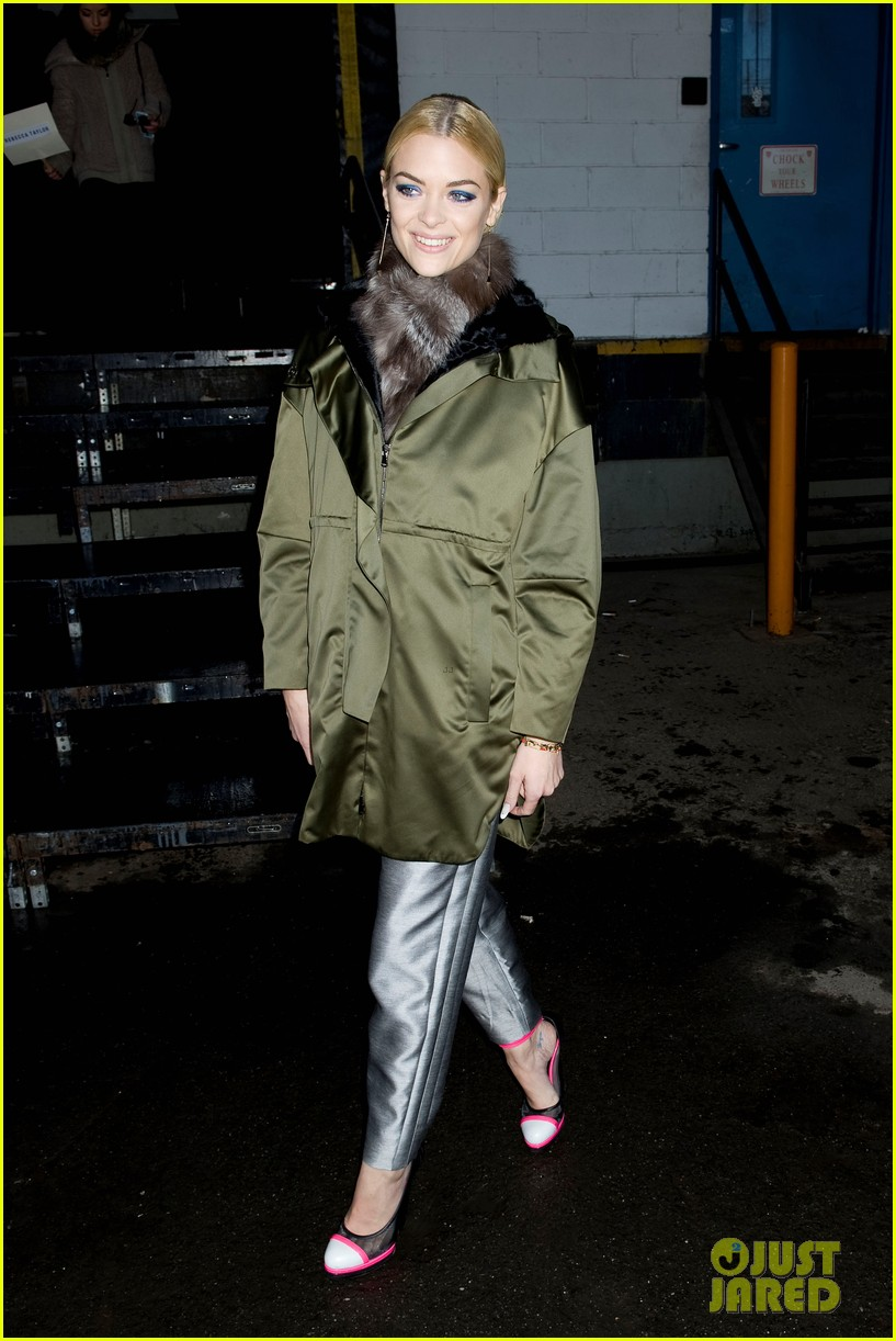 jaime king analeigh tipton neon shoes at prabal gurung 15