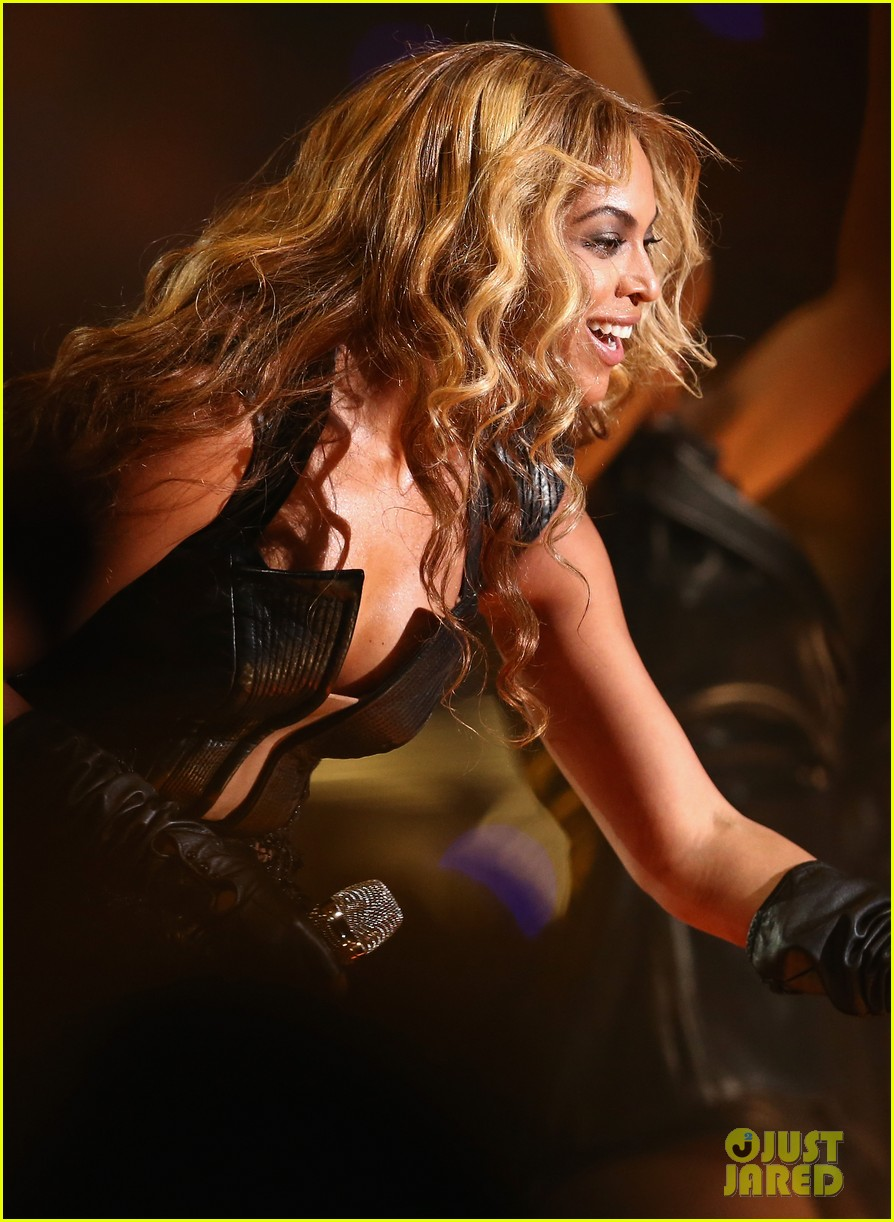 beyonce super bowl halftime show 2013 watch now 11