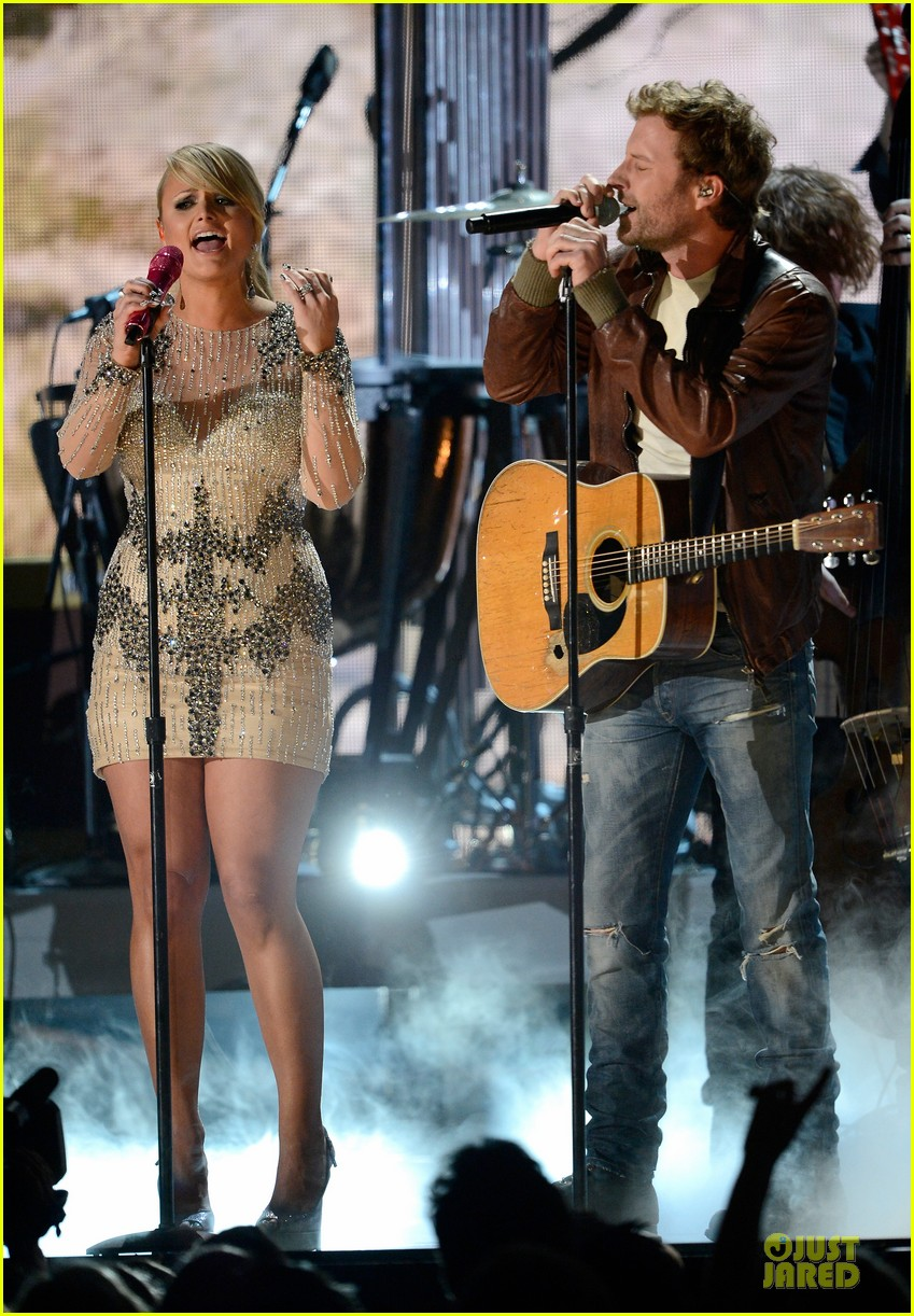 miranda lambert dierks bentley grammys 2013 performance watch now 032809491