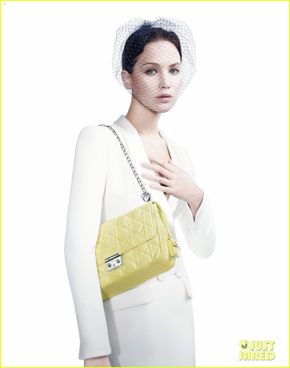 jennifer lawrence miss dior campaign 03 Jennifer Lawrence, nouvelle grie pour Miss Dior