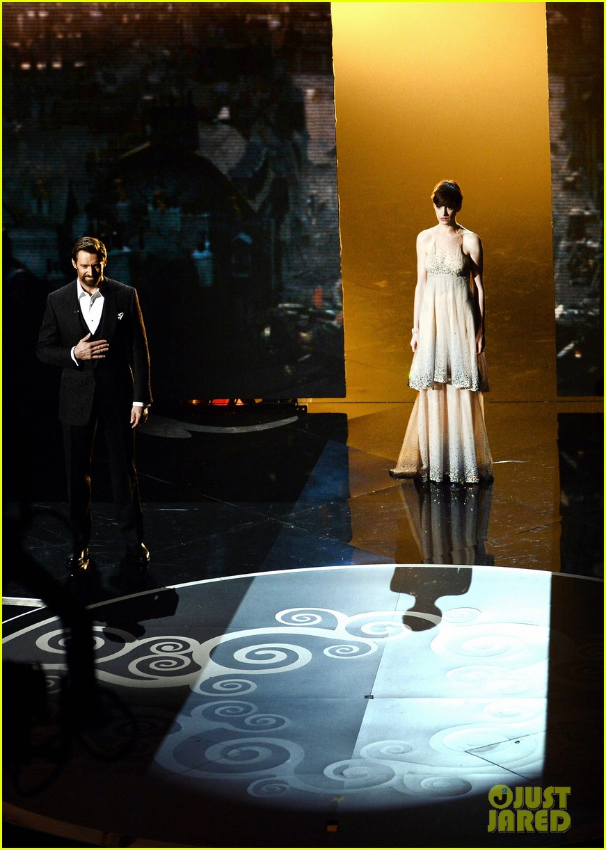 les miserables oscars 2013 performance watch now 11