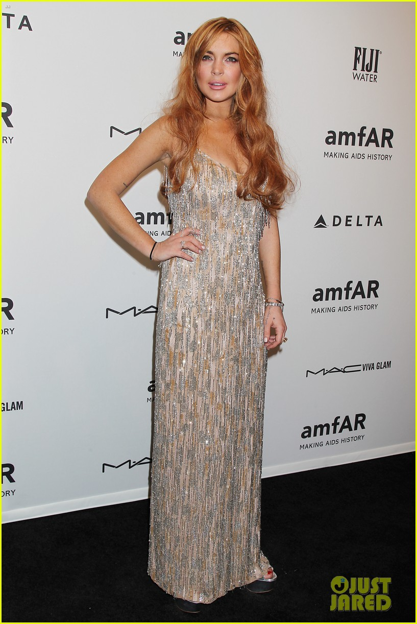 lindsay lohan ashley greene amfar new york gala 2013 01