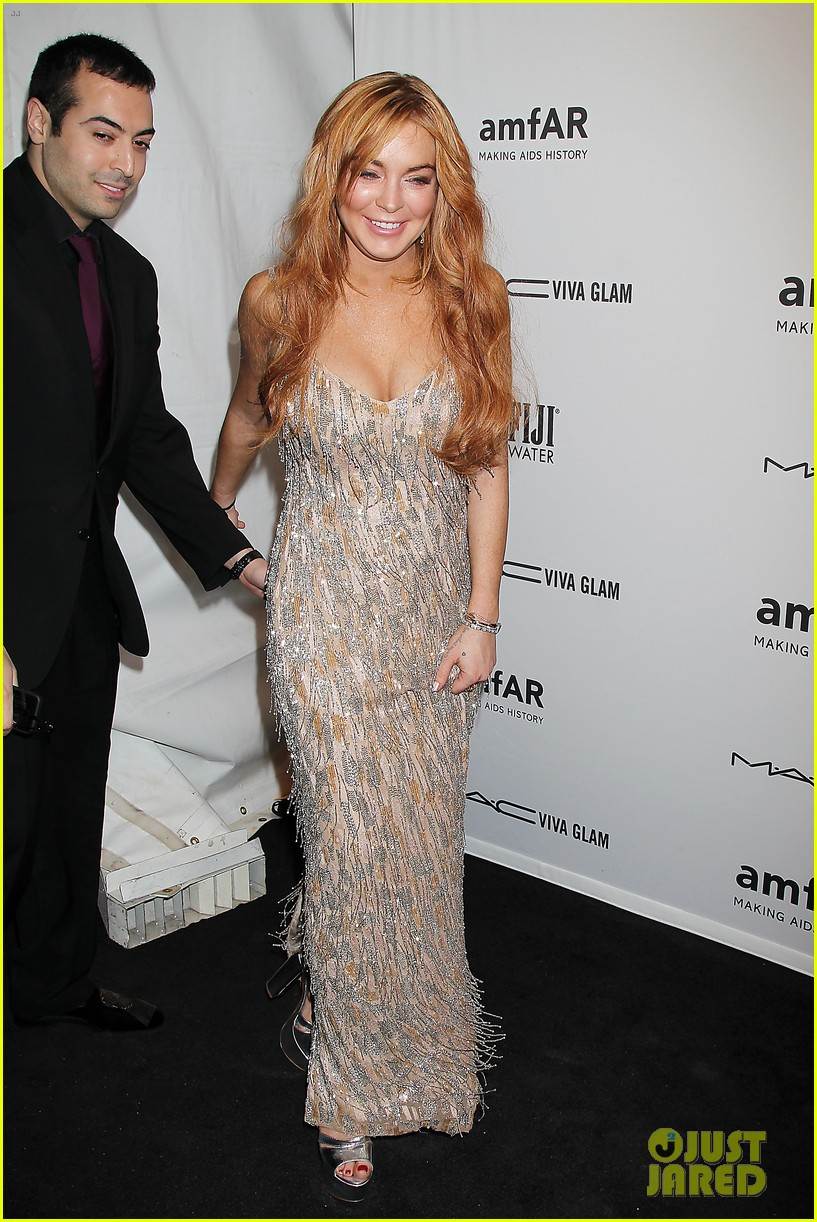 lindsay lohan ashley greene amfar new york gala 2013 08
