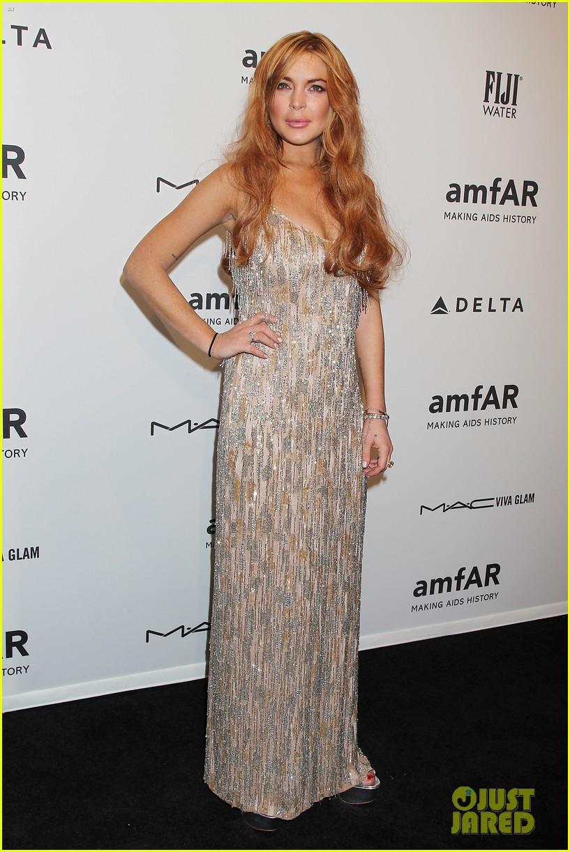 lindsay lohan ashley greene amfar new york gala 2013 10