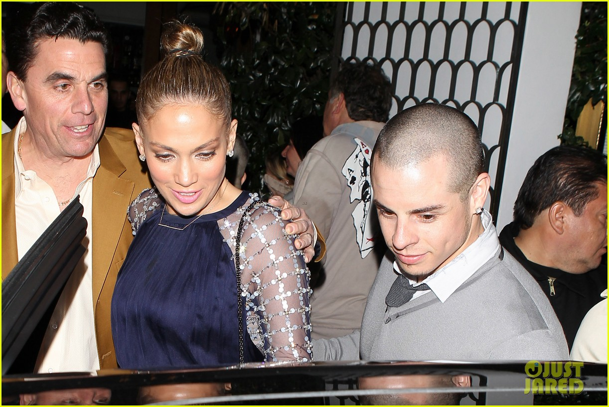 jennifer lopez casper smart cecconis couple 08