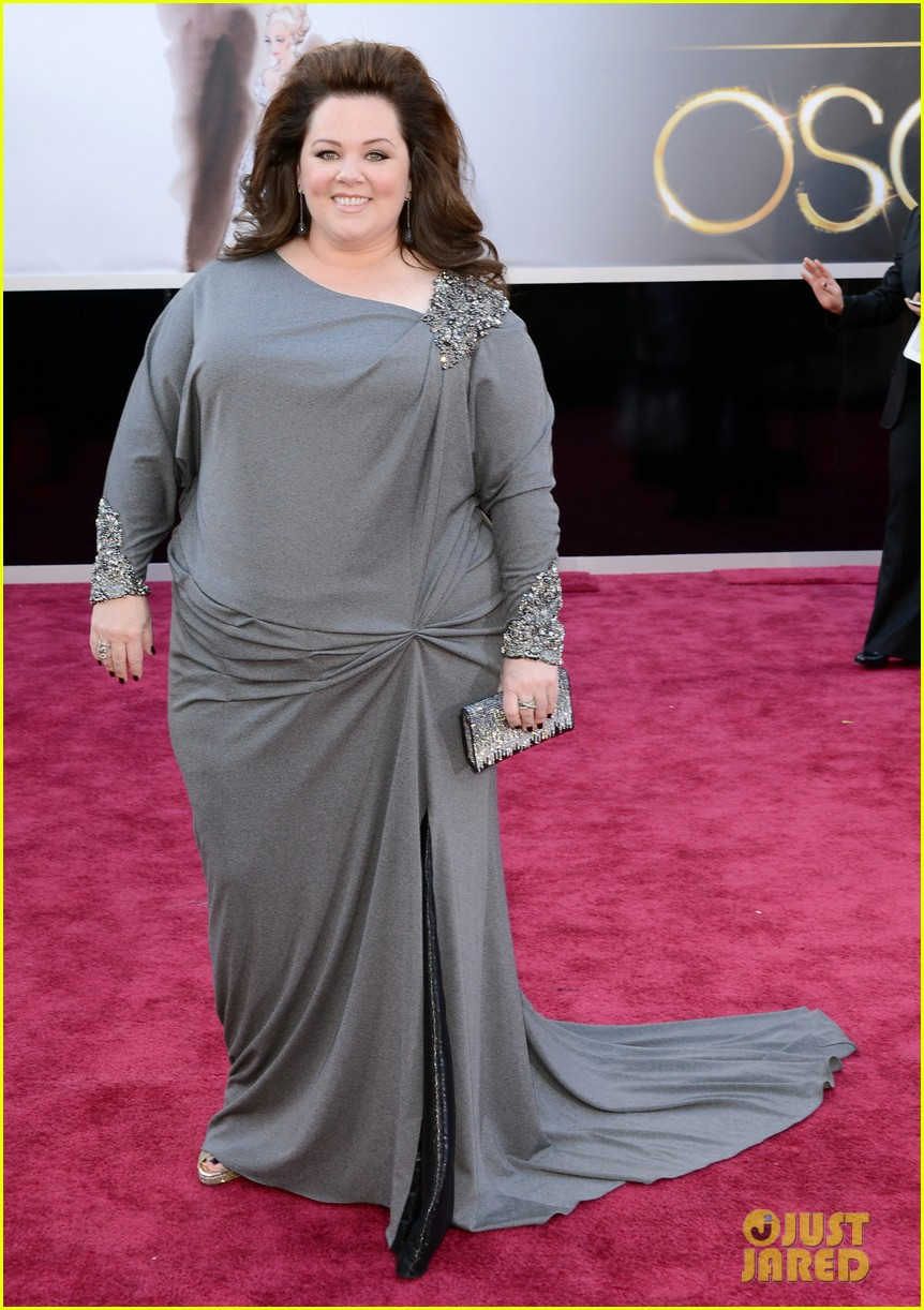 melissa mccarthy oscars 2013 red carpet 01