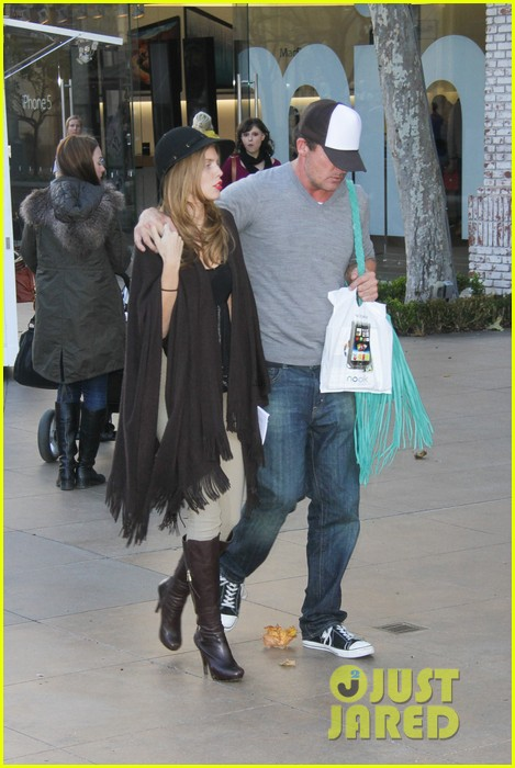 annalynne mccord dominic purcell the grove couple 13