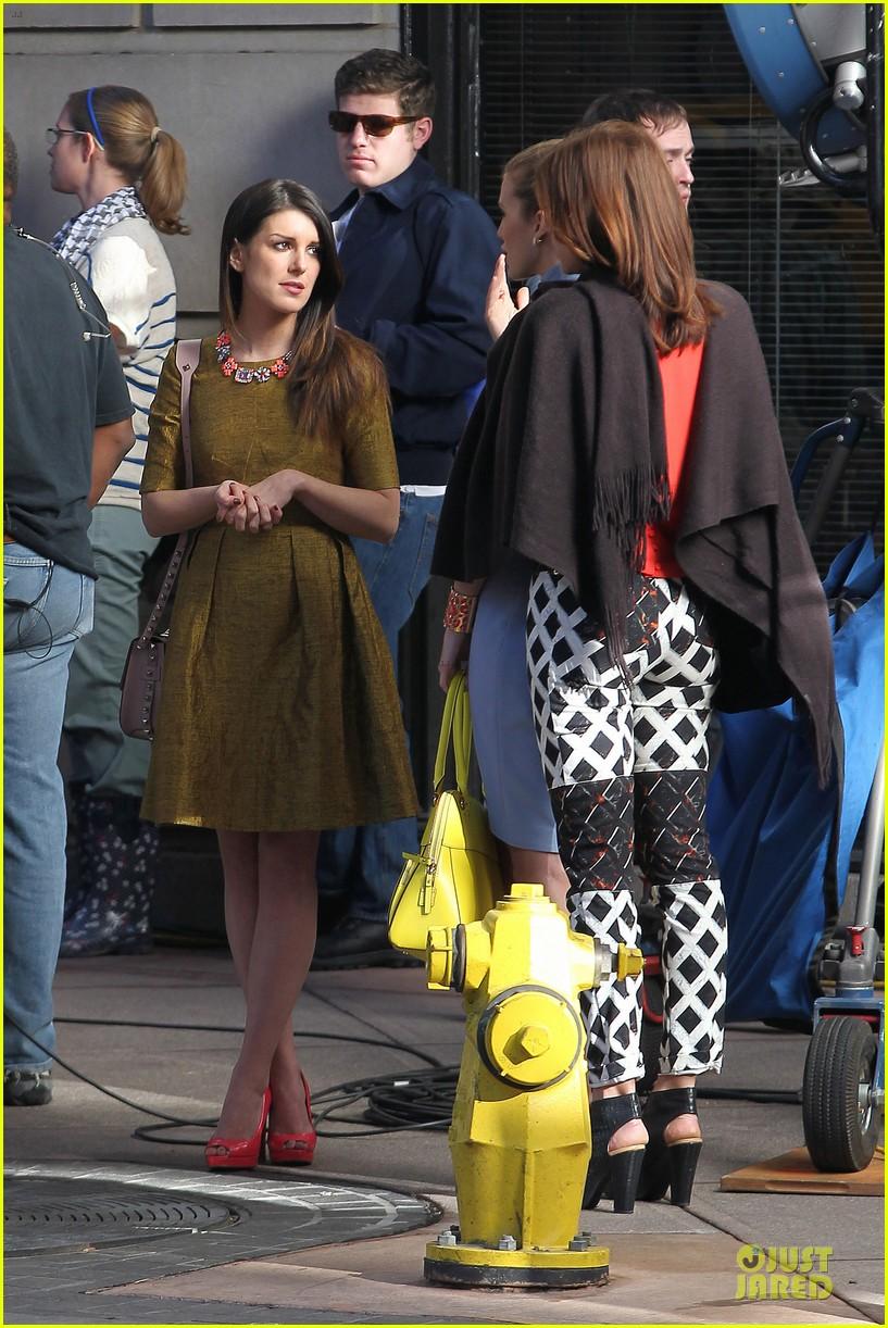 annalynne mccord new york glamour for 90210 192803116