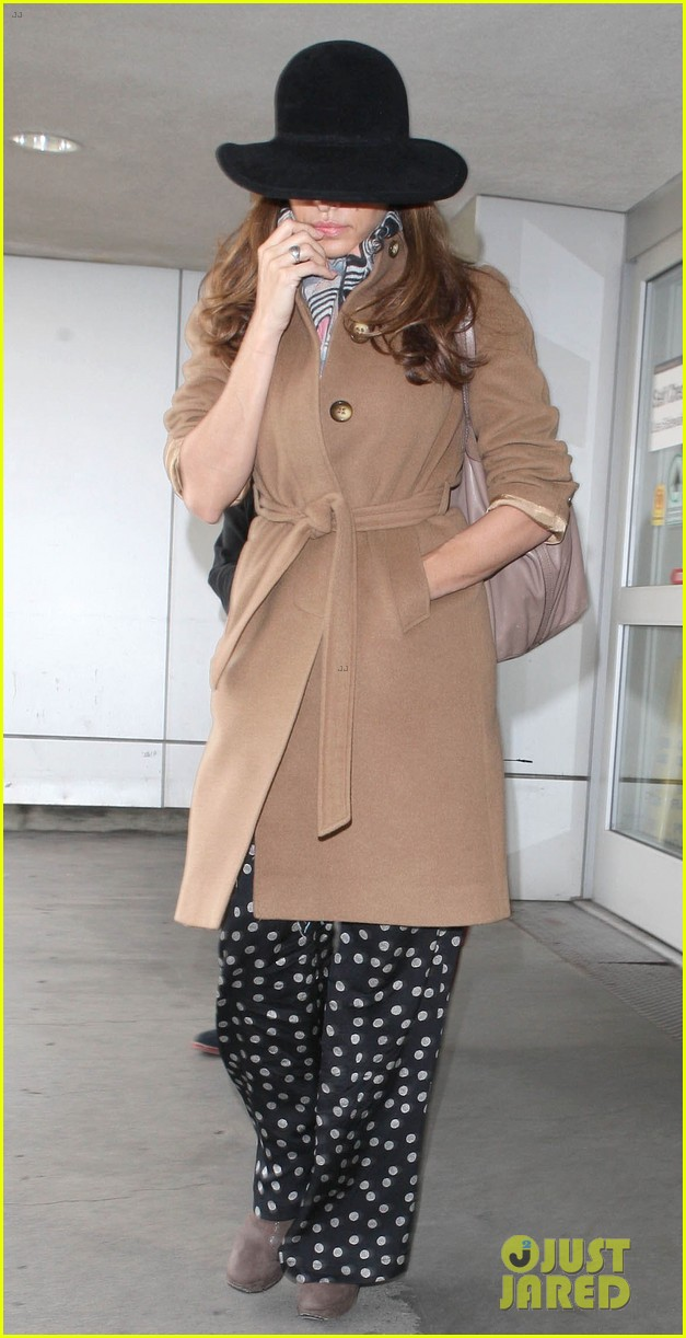 eva mendes to launch own fashion brand 06