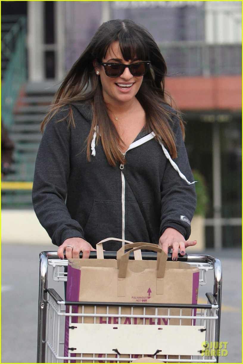 lea michele birthday wishes for darren criss 022805559