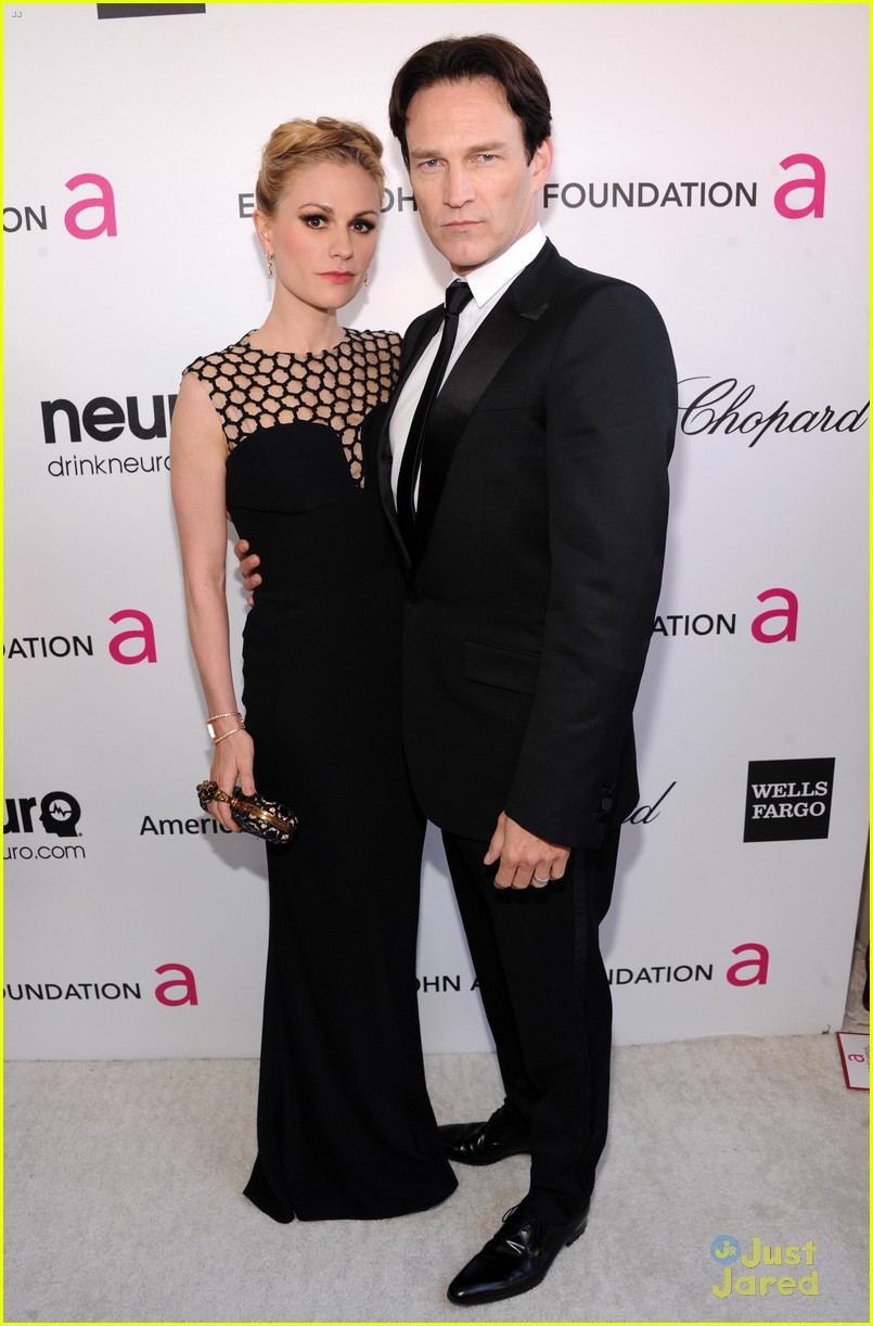 anna paquin stephen moyer elton john oscars party 2013 012819309