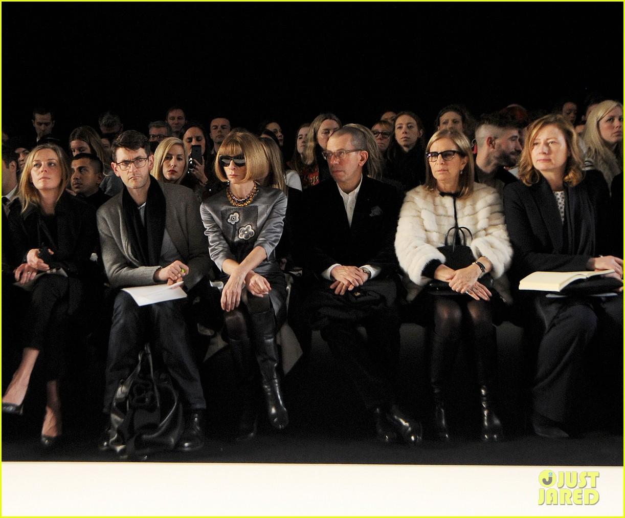 lana del rey sam claflin mulberry fashion show 12