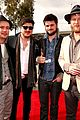 mumford sons gramms 2013 red carpet 02