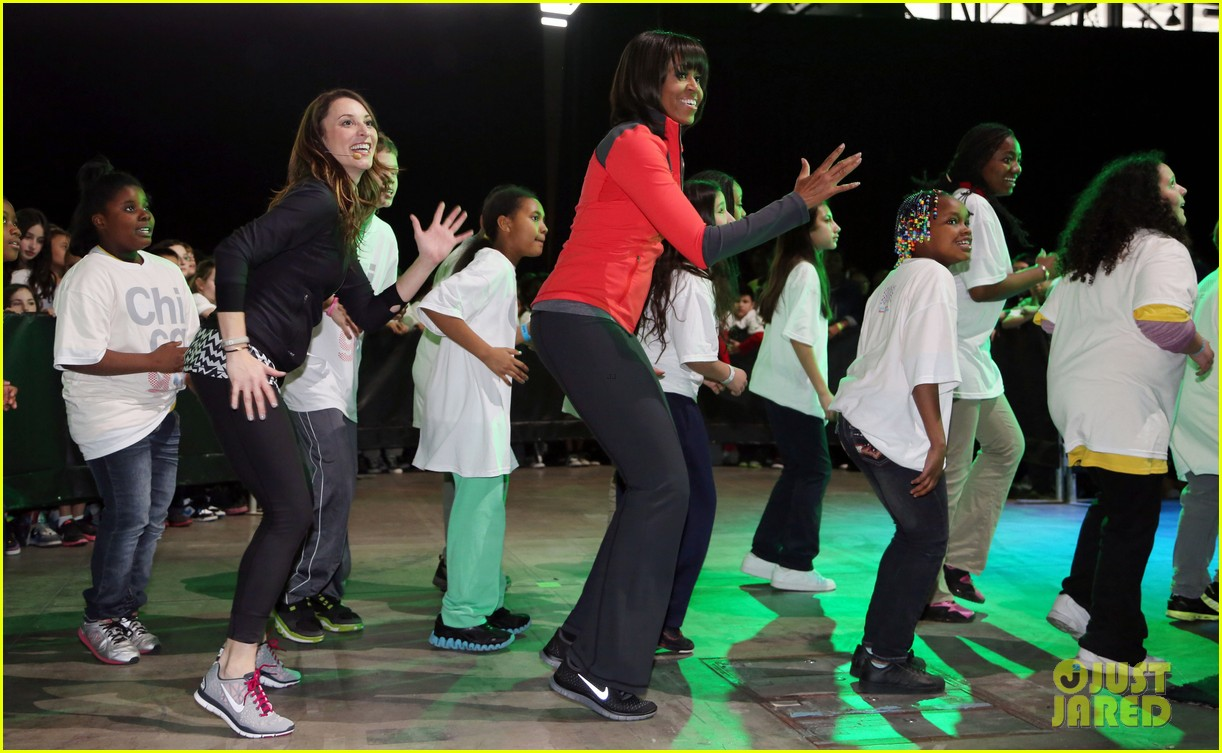 michelle obama school exercise program with jordin sparks 07