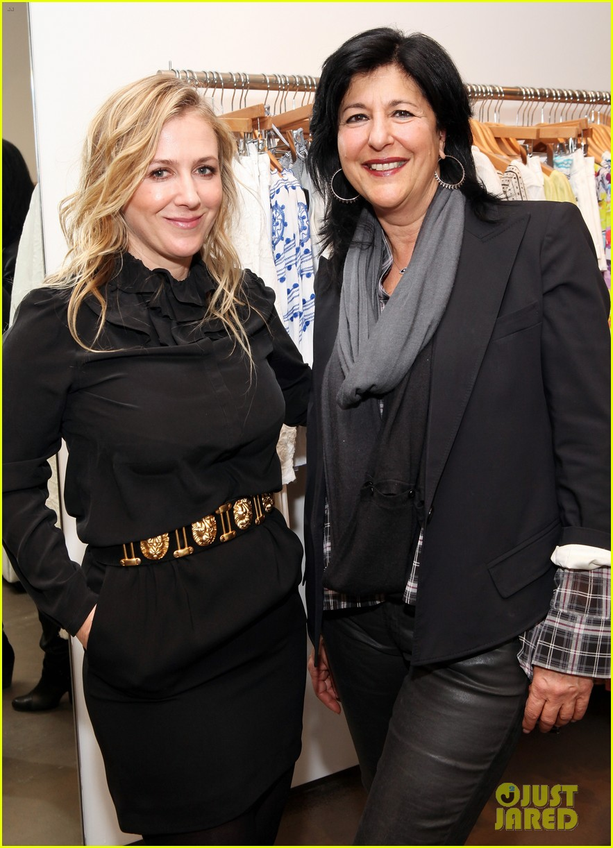 elizabeth olsen cher coulter capsule collection event 09