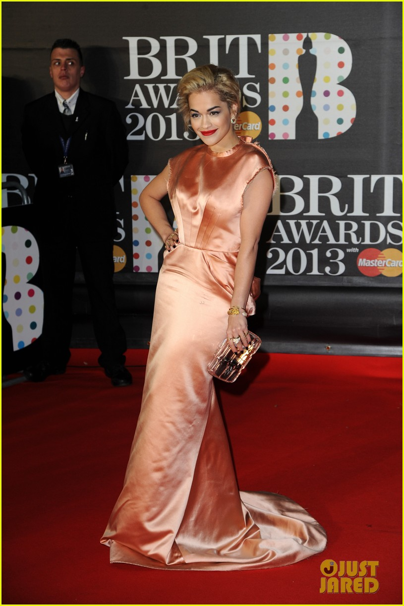 rita ora brit awards 2013 red carpet 06