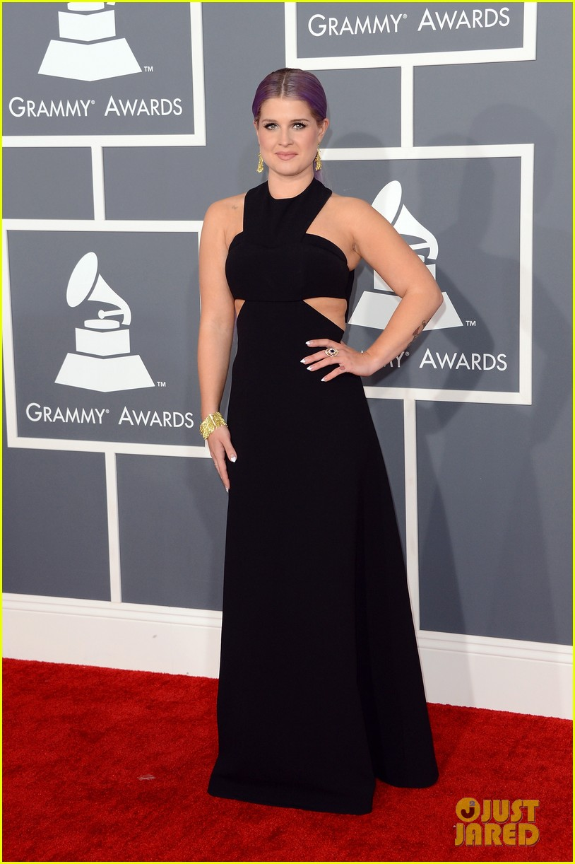 kelly osbourne grammys 2013 red carpet 032809099