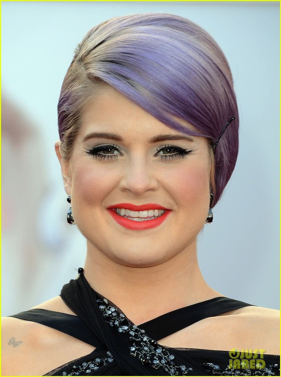 kelly osbourne guiliana rancic oscars 2013 red carpet 06