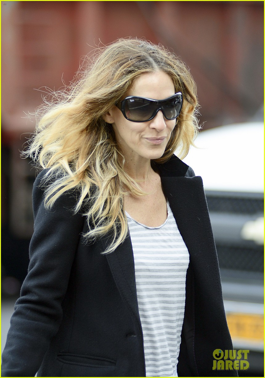 sarah jessica parker morning walk with the twins 18