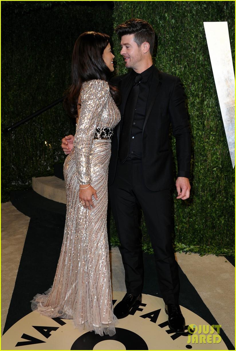 Paula Patton & Robin Thicke - Vanity Fair Oscars Party 2013