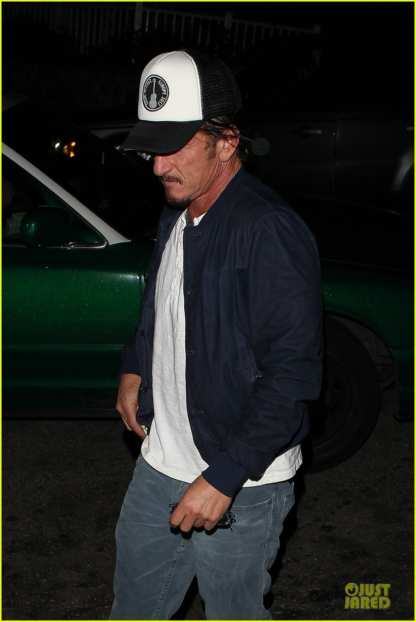 sean penn pre grammy party in west hollywood 02