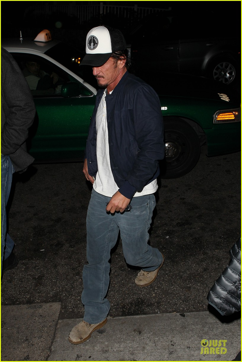 sean penn pre grammy party in west hollywood 03