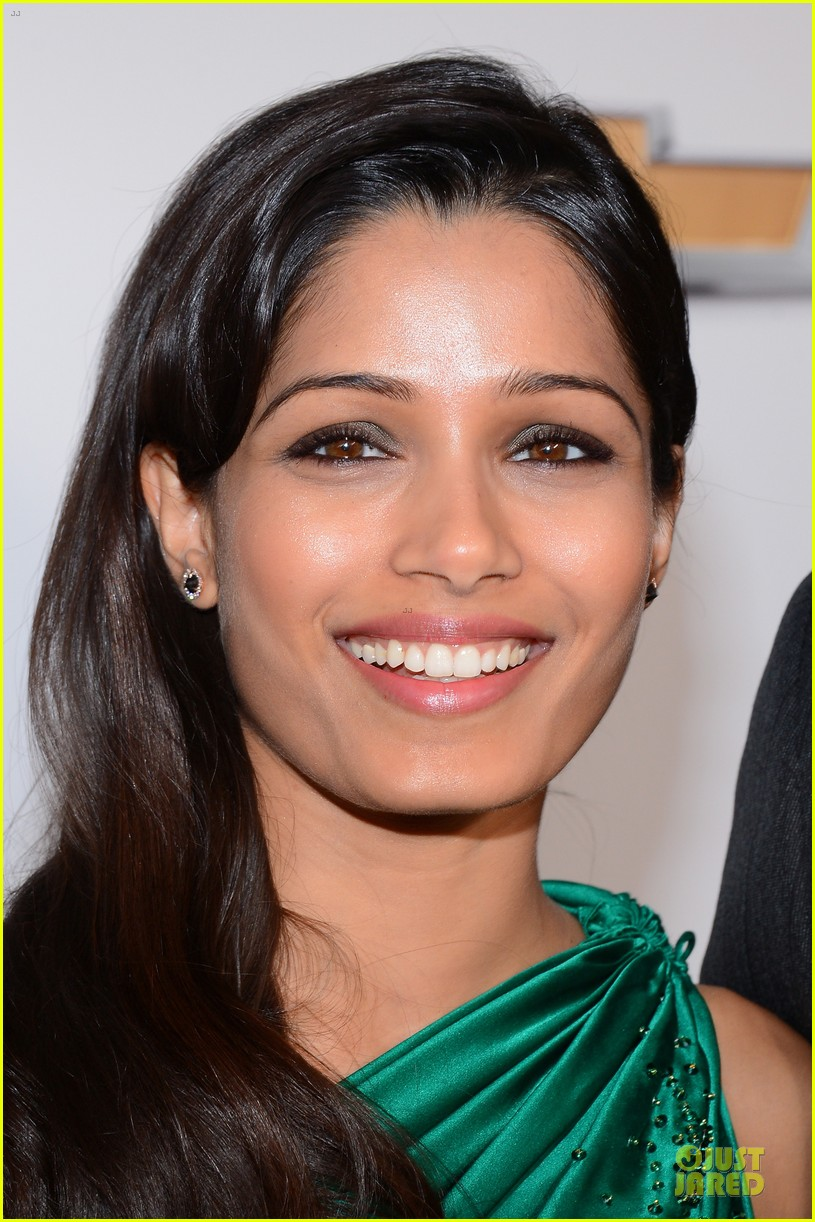 freida pinto dev patel naacp image awards red carpet 2013 08