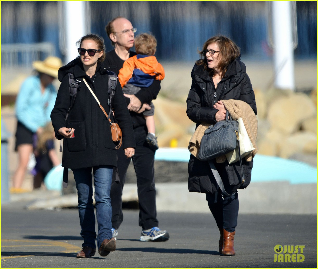 natalie portman benjamin millepied whale watching with aleph 052814301