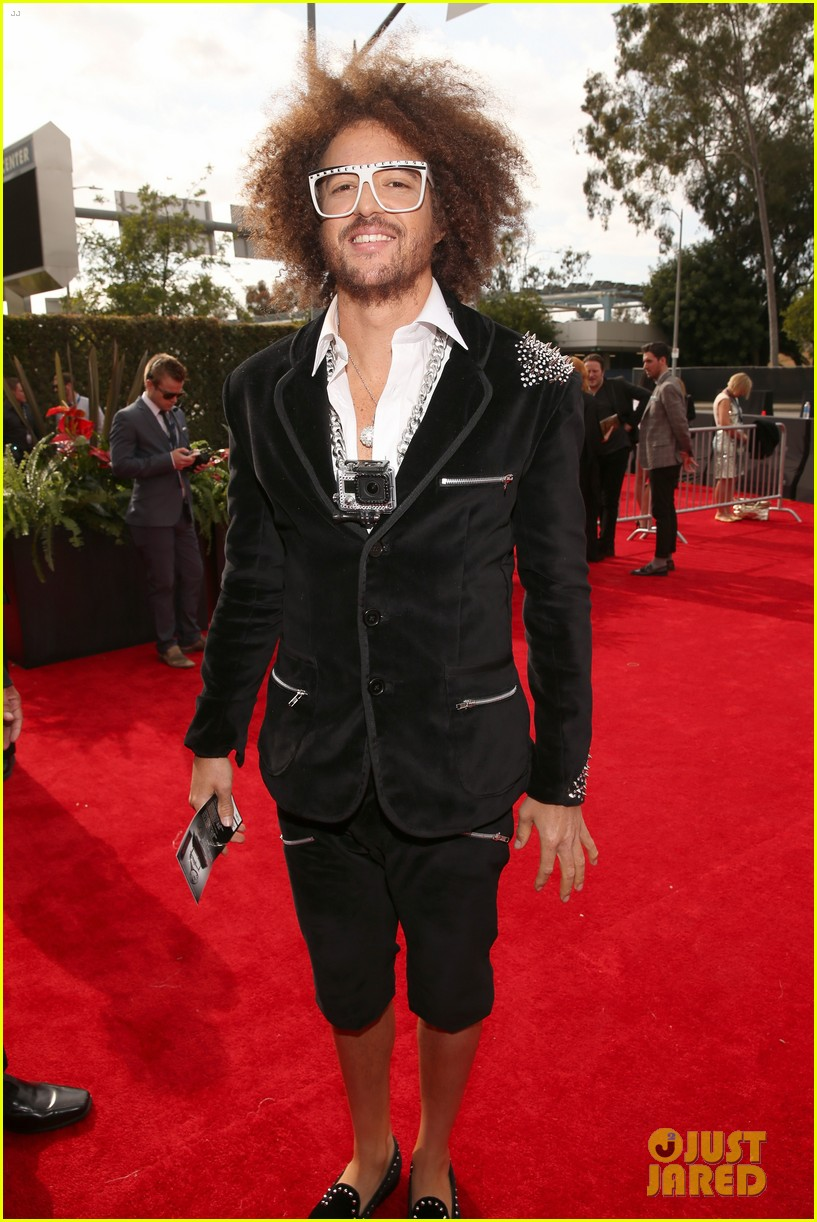 redfoo sean paul grammys 2013 red carpet 072809109