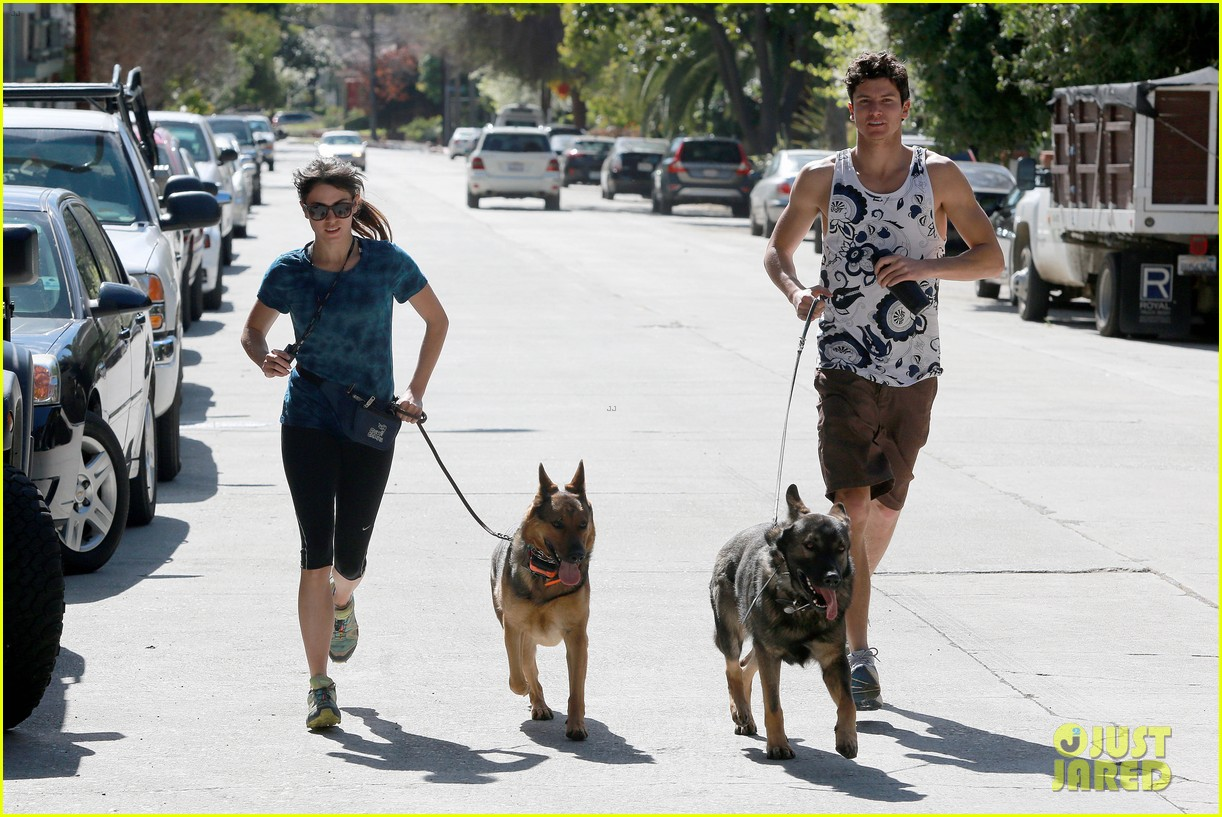nikki reed dog run with brother nathan 062813908