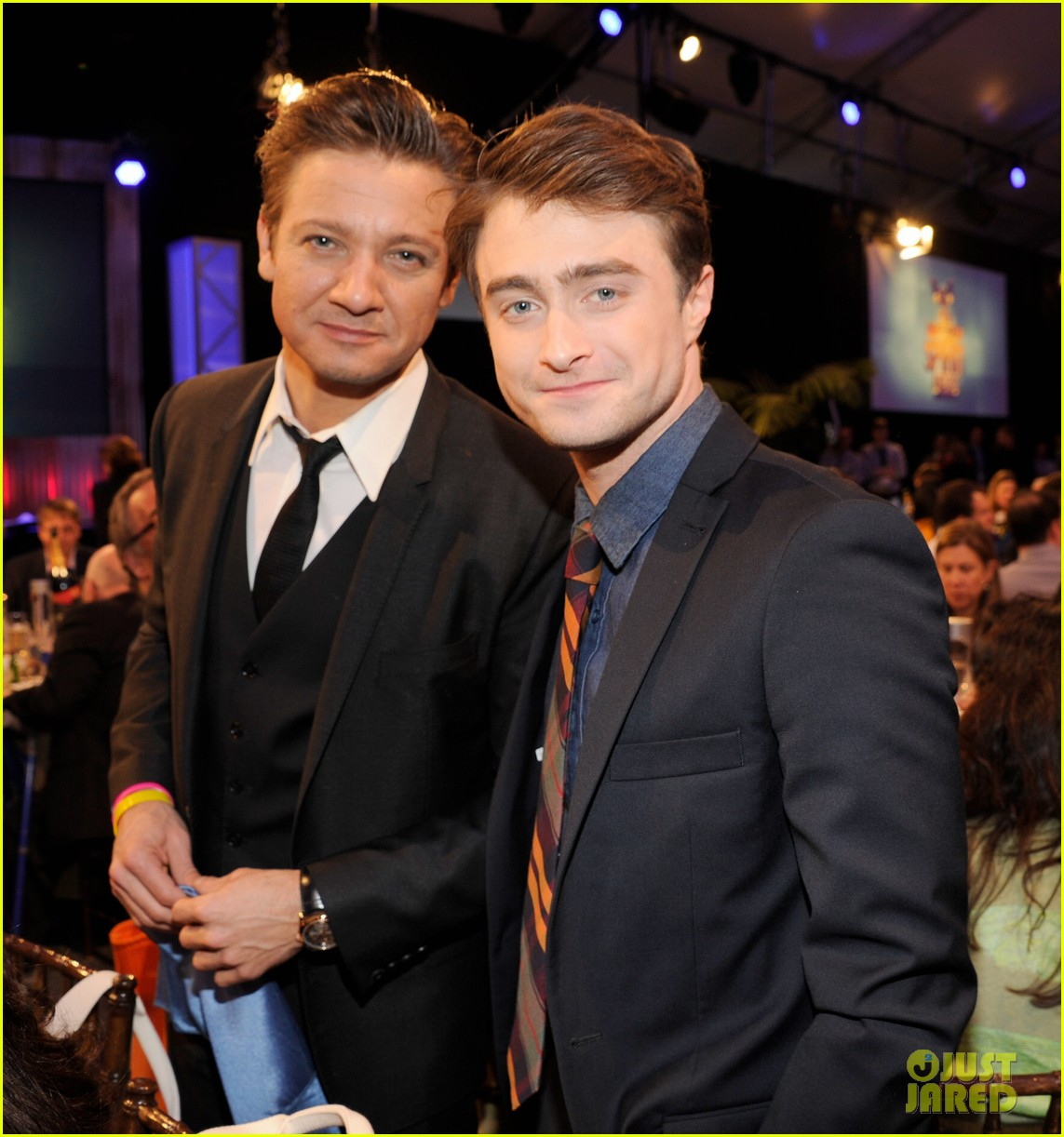 jeremy renner daniel radcliffe independent spirit awards 2013 03