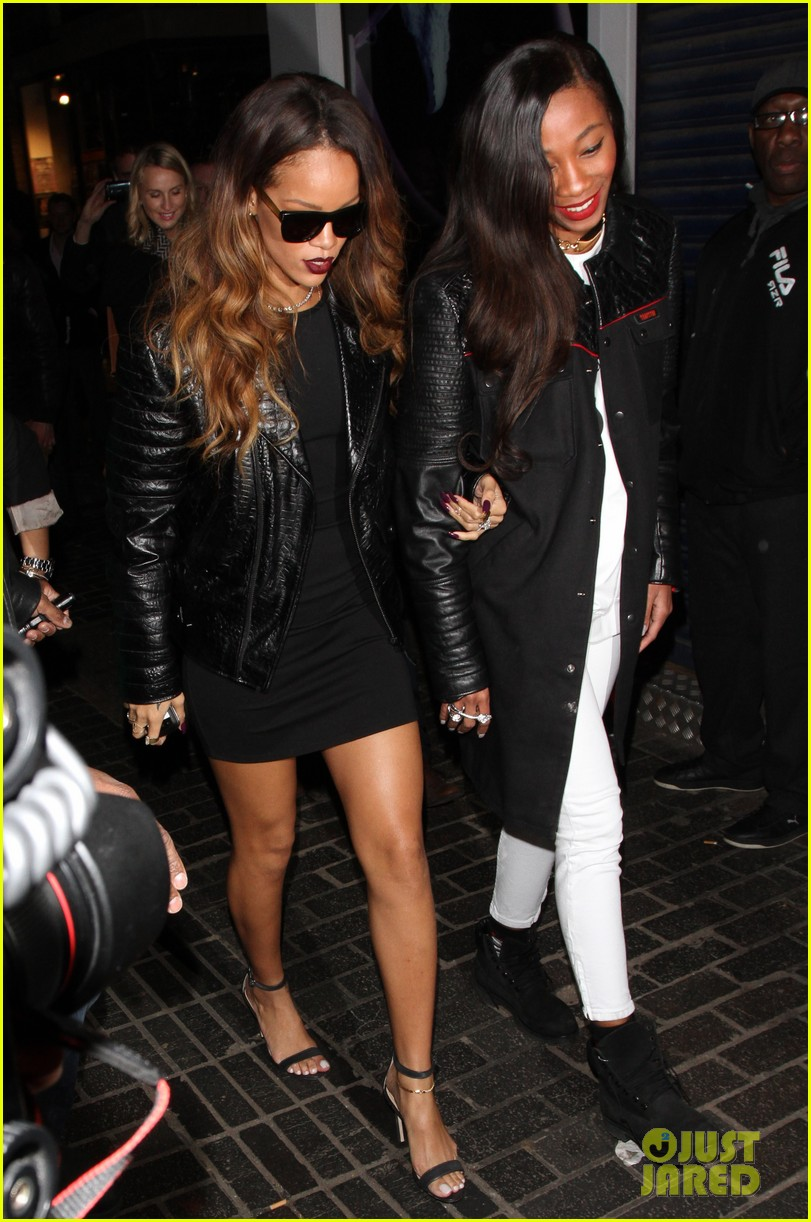 rihanna cara delevingne the box nightclub party 052813705
